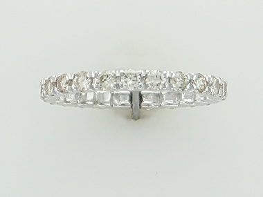 14KT eternity band with 0.90 ctw