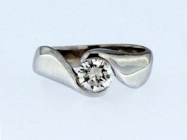 14KT Ring with 0.59 ct Diamond