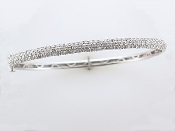 14KT Diamond Bangle