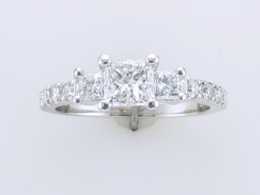 1.36 cts Engagement Ring