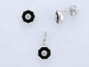 Onyx Pendant and Earring Set