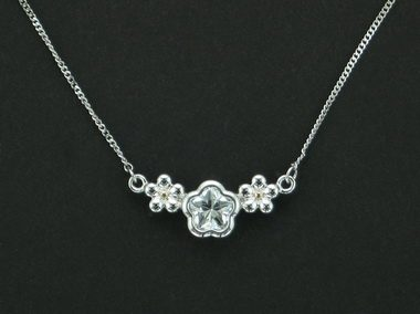 White Bflower Silver Necklace