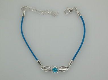 Blue Bflower With Leaf Bracelet
