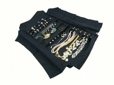 Iris Jewellery Roll