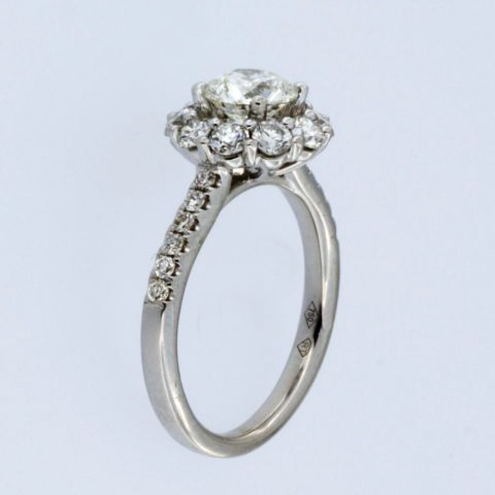 1.95 ctw Engagement ring