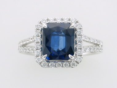 3.39 ct Blue Sapphire Ring