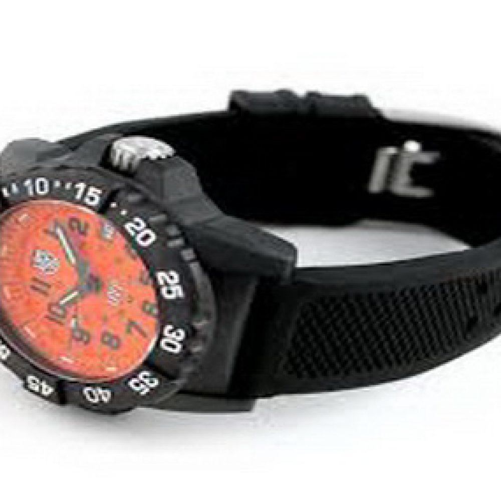 Luminox Scott Cassell UVP Quartz Watch