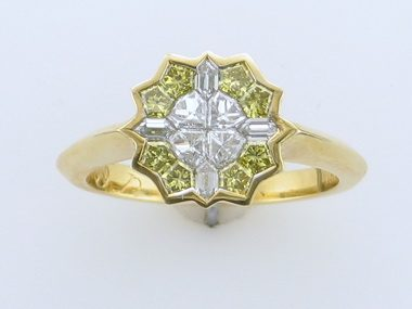 1.12ctw Yellow & White Dia. Ring