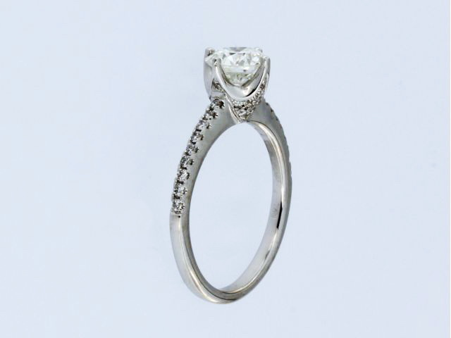 18kt Eng Ring With 1.04 Ct Centre