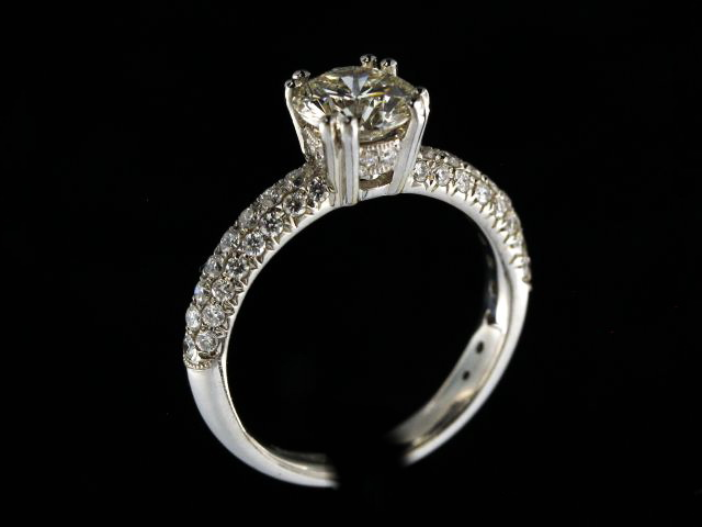 1.24 Ct Diamond Engagement Ring