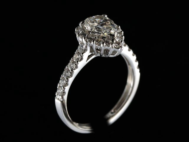 1.17 ct Pear Shape Diamond Ring