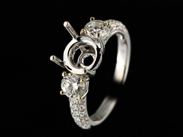 18KT Engagement Ring Mount