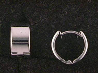 14kw Hoop Earrings
