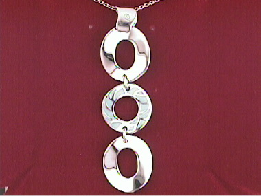 Circles Pendant With Enamel