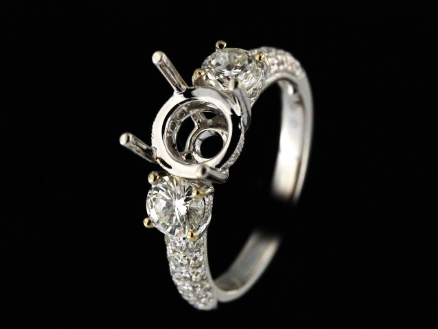 18KT Engagement Ring Mount