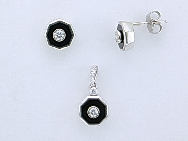 Onyx Pendant and Earring Set