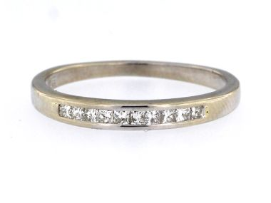 14KT Princess Cut Diamond Band