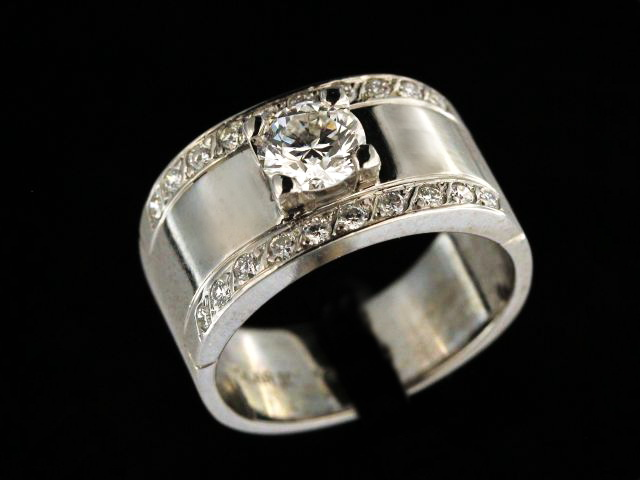 Canadian Diamond Ring