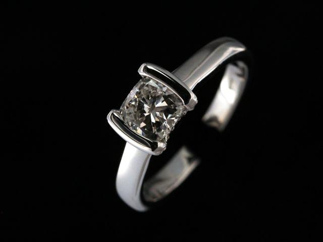 0.91ct Cushion Cut Engagement Ring