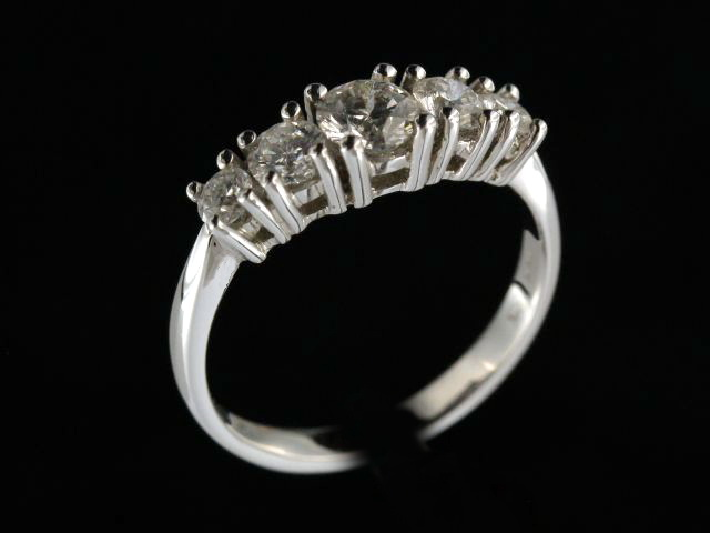 1.02ctw 5 Stone Diamond Ring