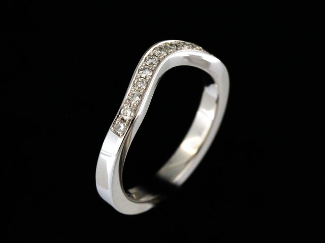 14kt Fitted Diamond Band 0.24 ctw