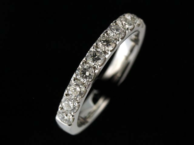 18KT Diamond Band