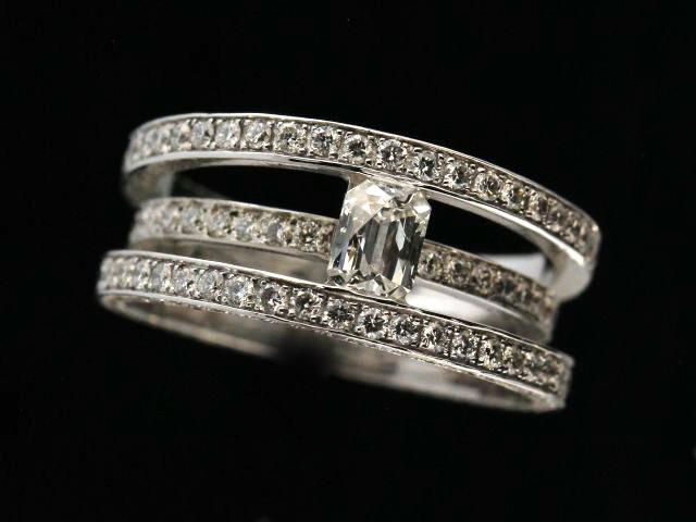 2.40 Ctw Diamond 18kw Ring
