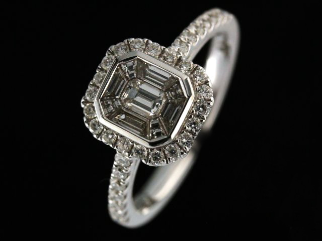 0.83ctw Emerald Cut Pavee Ring