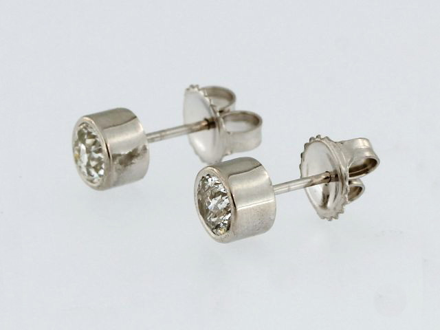 0.90 ctw European Diamond Studs