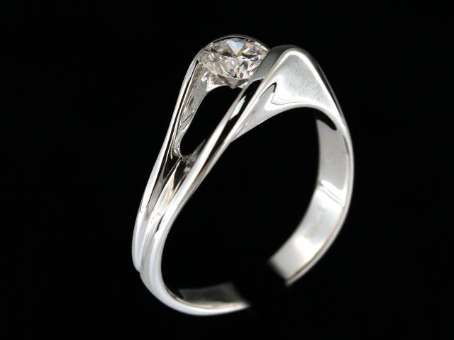 0.63 ct Diamond Engagement ring