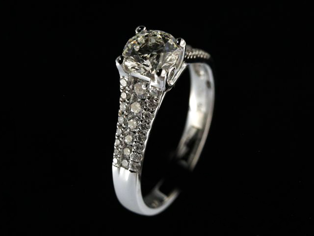 18KT Diamond Engagement