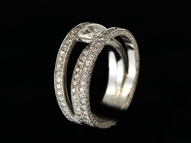 2.40 Ctw Diamond 18kw Ring