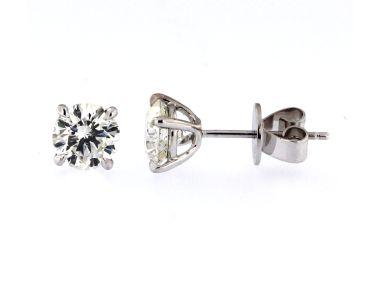 2.61 ctw Diamond Studs