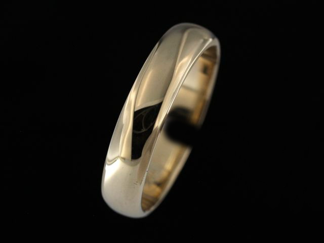 5.00 mm Yellow Gold Band