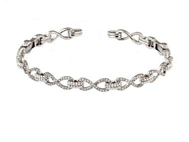 18kt Hinged Diamond Cuff Bracelet