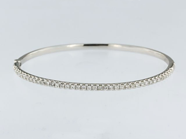 1.00 ctw Diamond Bangle
