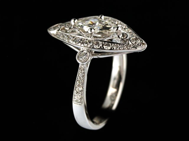 18KT Marquise Diamond Ring