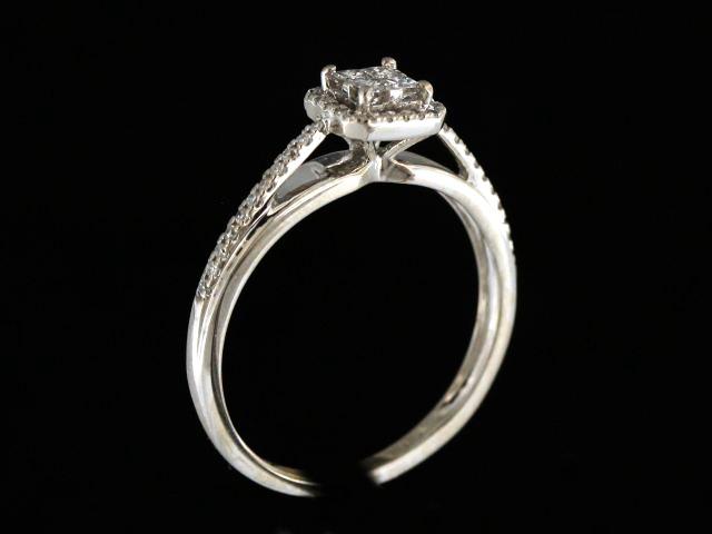 0.33 ctw Engagment Ring