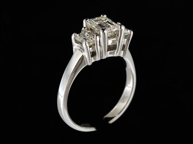 1.90ctw Diamond Trinity Ring
