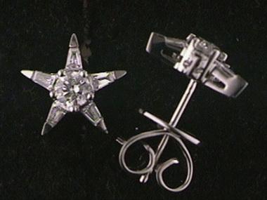 .57 Ctw Star Stud Earrings