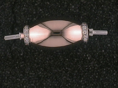 .15ctw Pearl Clasp