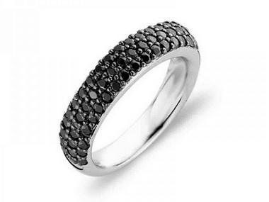 Pavee Black Zircon Ring