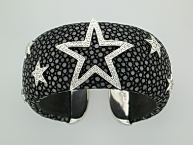 Sting Ray Cuff With Stars