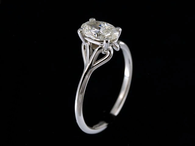 1.01 ct Oval Diamond Ring