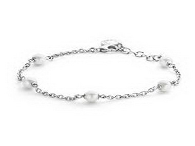 Pearl and Silver Chain Bracelet