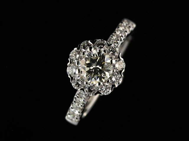 18KT Engagement Ring