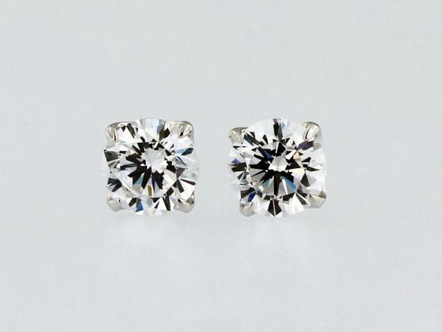 8mm Cubic Stud Earrings