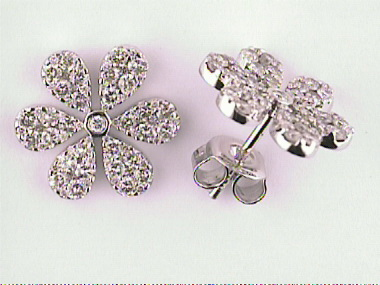 14kt Flower Earrings 1.66 Cts
