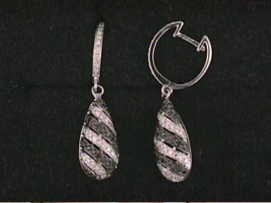 14kt Black White Diamond Earrings
