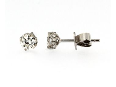 0.69 ctw Diamond Stud Earrings